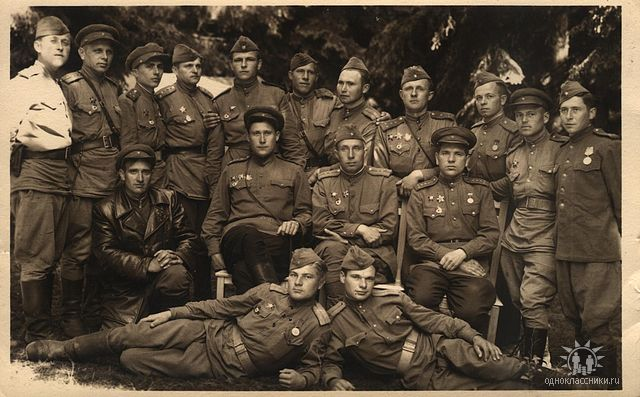 8th guards rifle division-an artillery unit of the divisions 19th guards regiment near the front, 1943